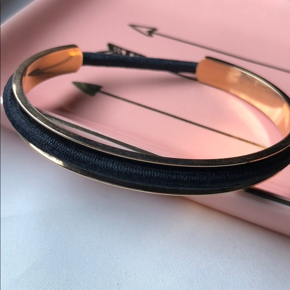 Rose Gold Hair Tie Holder Bracelet NWOT 82bded9491a